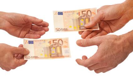 Donner et recevoir - donner mutuellement de l'argent - une compensation financière